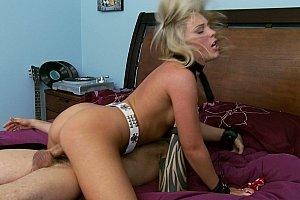 chubby swinging amateur wife